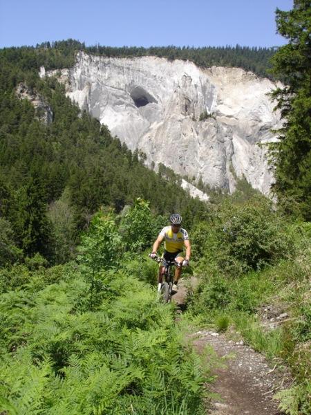 DSC02034_Ruinaulta_biker_klein