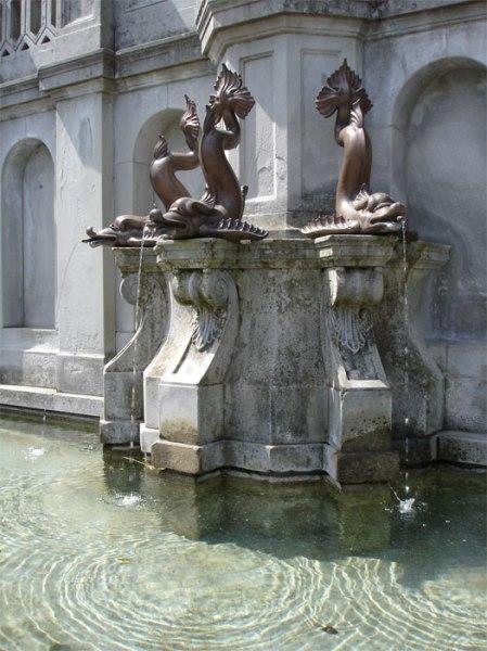 Grundwasserschutz ist auch Trinkwasserschutz. Brunnen am Landsgemeindeplatz Trogen.