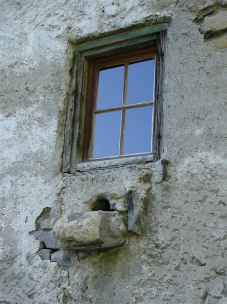 Heidihaus: traditionelle Hausabwasseranlage