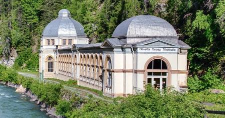 Der Verein Pro Büvetta Tarasp will die Trinkhalle renovieren und zu einem Weltwasserzentrum machen. Foto: Verein Pro Büvetta Tarasp