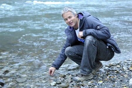 Ernst Bromeis am Rhein. Foto Rolf Canal