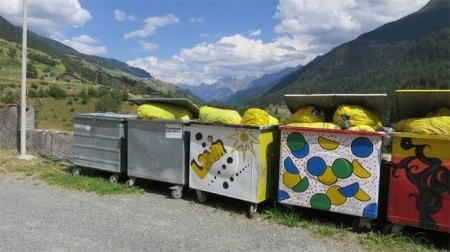 Plastikabfall von Haushalten landet meist im Plastik-Abfallsack für die Kehrichtverbrennungsanlage.