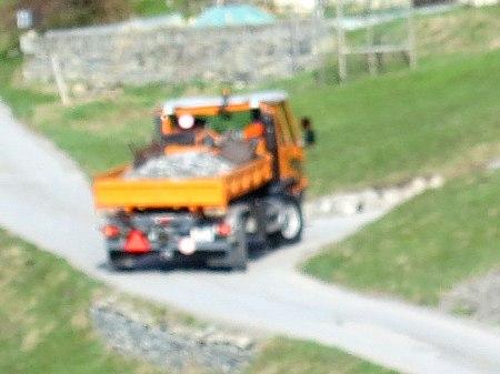 ... und mehrere Lastwagenladungen Schotter. (Distanzeinstellung klappte nicht beim Fotografieren!)