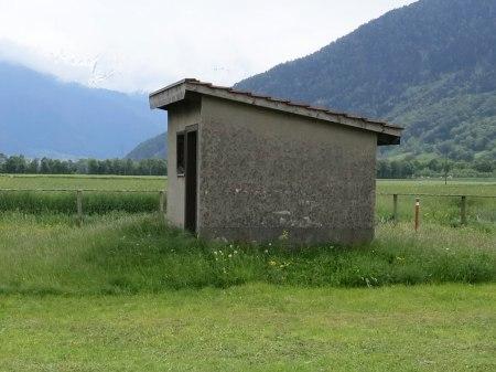 FFoto 2: Das Grundwasser fliesst vom Rapsfeld zum Vertikalbrunnen.