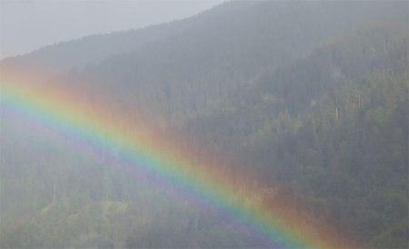 Am Abend schenkte Petrus Heidi einen Regenbogen.