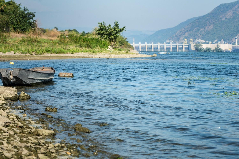 Wie erreichen wir, dass Europas Gewässer möglichst nur geringfügig durch Schadstoffe belastet werden und Pflanzen und Tieren einen naturnahen Lebensraum bieten? Foto: UFZ / André Künzelmann