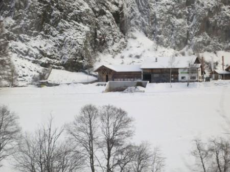 Ein grosses neues Mistlager im Oberengadin. Copyright Céline