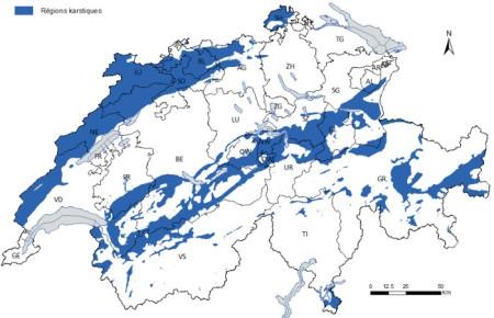 Karstgebiete sind blau eingefärbt. Quelle: R. Tiez, BAFU