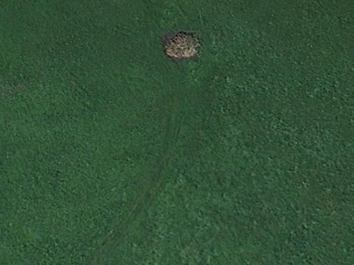 """""""Ewig illegal gelagerten Mist"""" sieht Marco immer wieder. Er hat einen """"alten Bekannten"""" auf dieser Luftaufnahmen gefunden: Chälen SZ, ebenfalls nahe Einsiedeln."""