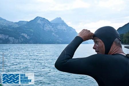 Der Wasserbotschafter Ernst Bromeis auf seiner Exkursision Schweiz 2010, Etappe Walensee 17.7.10. Copyright: Das blaue Wunder.