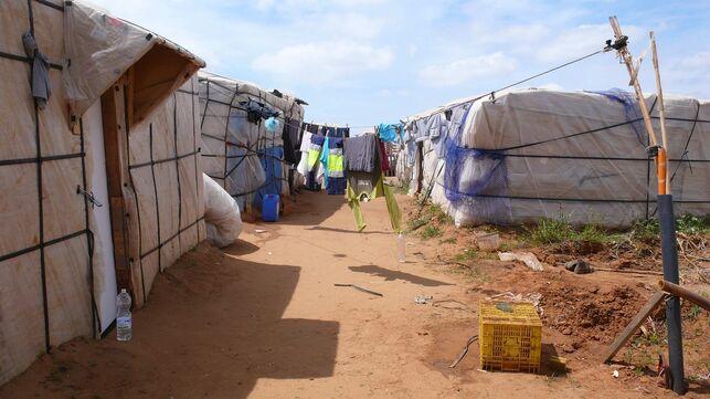 Hütten in einer Landarbeitersiedlung in Almeria