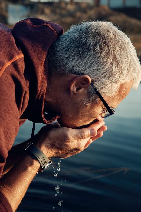 Ernst Bromeis ist u.a. «Blue Peace» Wasserbotschafter der Direktion für Entwicklung und Zusammenarbeit, DEZA. Copyright: Maurice Haas.